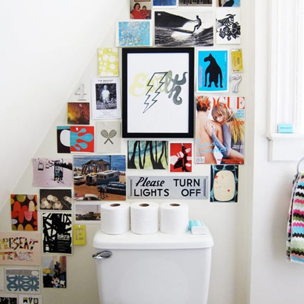 Just Call It the LOOvre! 15 Ways to Hang Art in the Bathroom