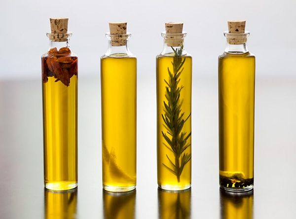 Kitchen Basics: How to Make Infused Olive Oils