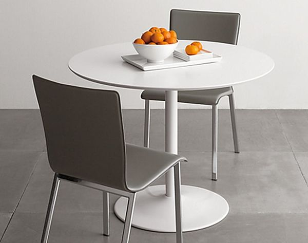 10 Space-Saving Dining Tables