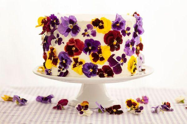 Favorite Now, Make Later: Edible Flower Cake