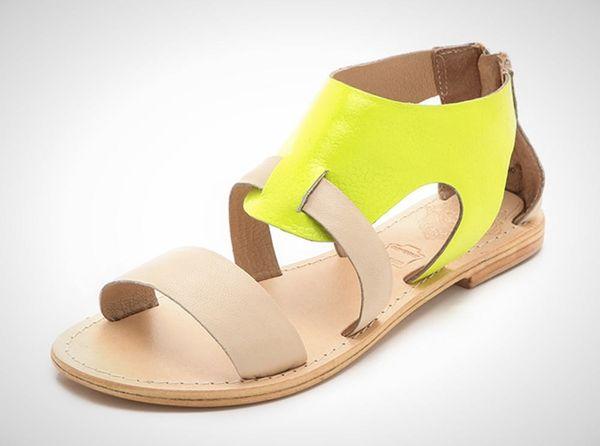 20 Flat Sandals for Summer Fun