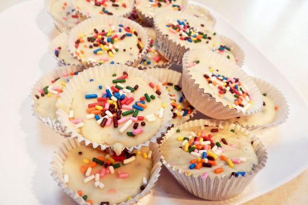 Hunger Alert: Funfetti Cake Batter Fudge
