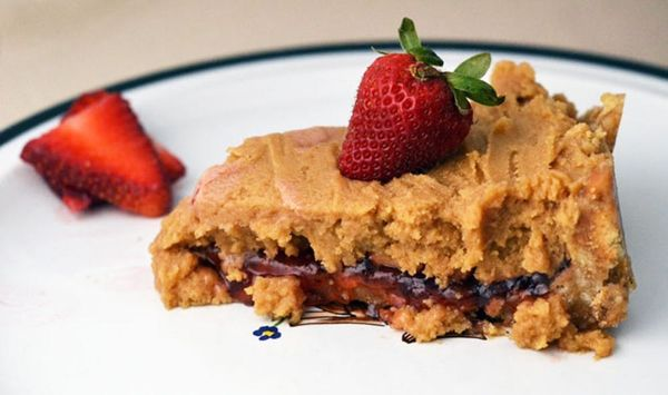 Introducing Our No-Bake Peanut Butter and Jelly Pie