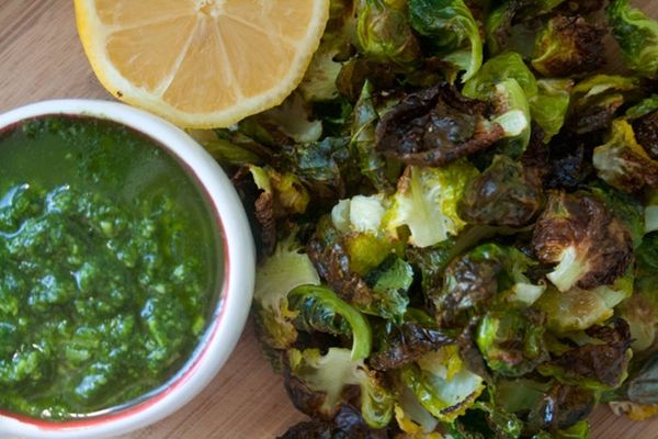 Green Machine: Brussels Sprout Chips with Arugula Pesto Dip