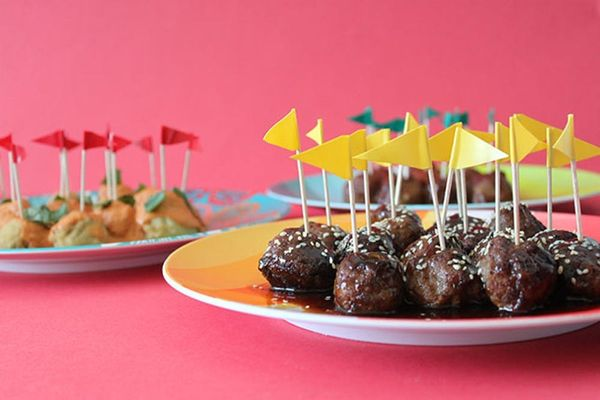 3 Easy and Delicious Ways to Make Meatballs
