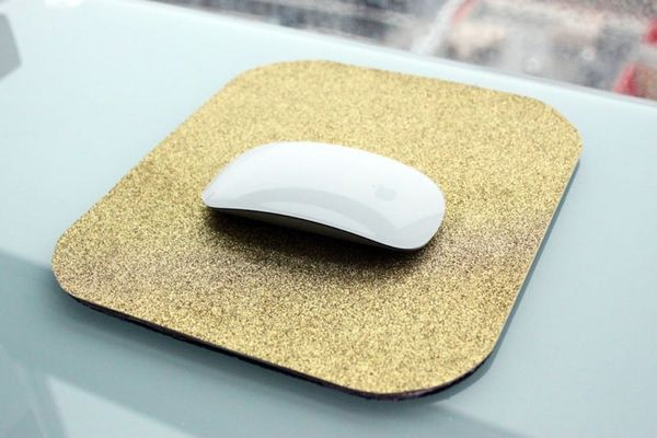 Getting Glittery With It: Pimp Your Mouse's Pad