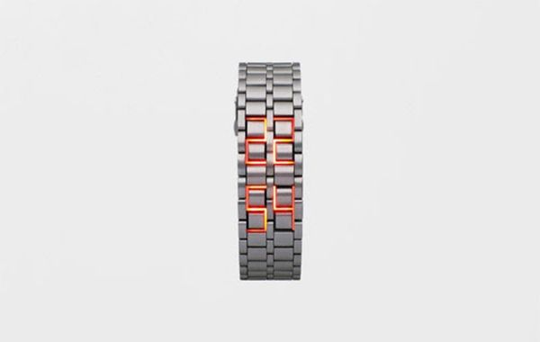 This Faceless Watch Takes Minimalism to the Next Level
