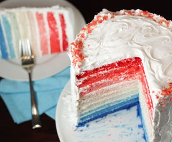 Who Wants a Piece of Our Ombre Independence Day Cake?