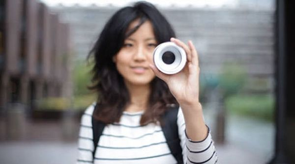 Iris: A Crazy New Camera Controlled By Your Eyes