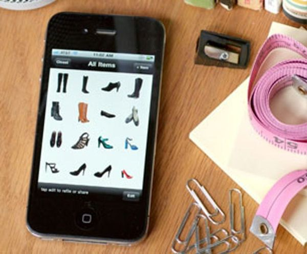 How to Use Your iPhone to Organize Your Closet