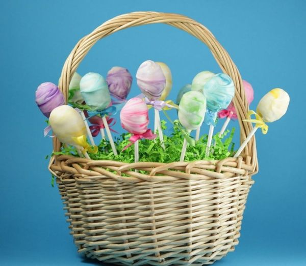 Make This Tie Dye Cake Pops Recipe for Easter