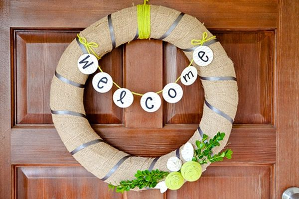 How to Create a Wreath for All Seasons