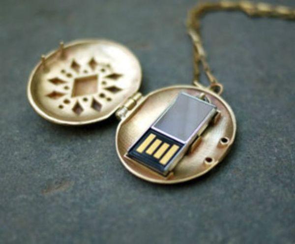 The 2GB USB Locket Necklace