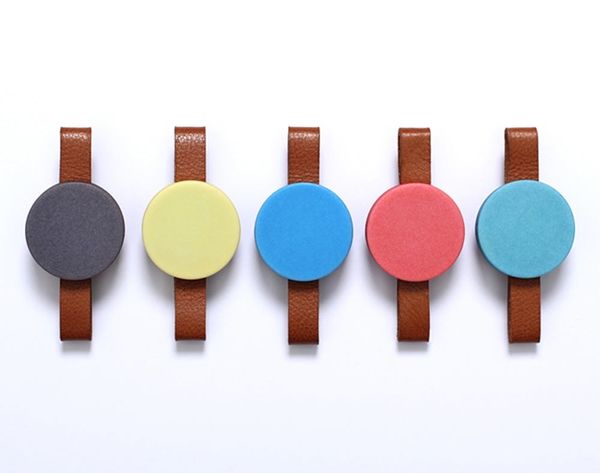 Durr Is a Beautiful Wearable That Vibrates to Tell Time