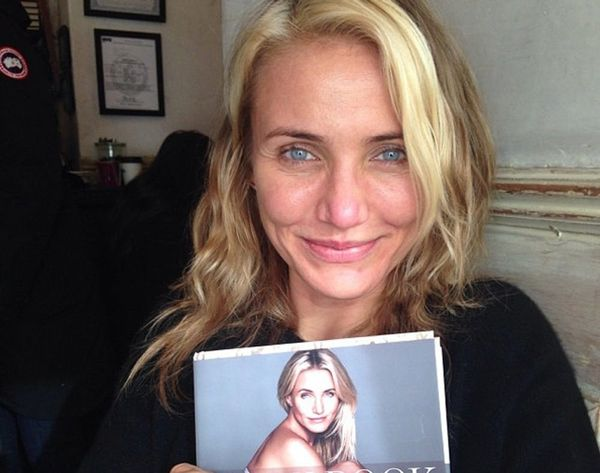 20 Celebrities Who Proudly Posted #NoMakeup Selfies