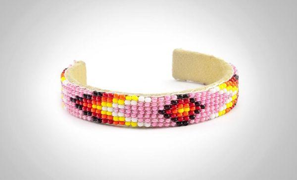 14 of Our Favorite Grown-Up Friendship Bracelets