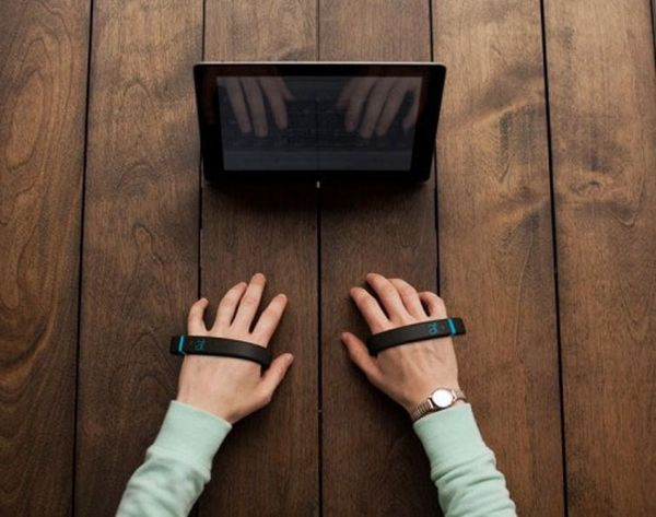 Type on Air With This Futuristic Keyboard