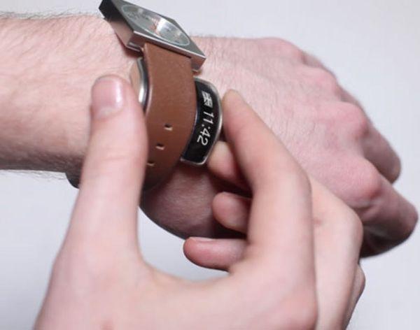 Turn Any Watch Into a Smartwatch With Glance