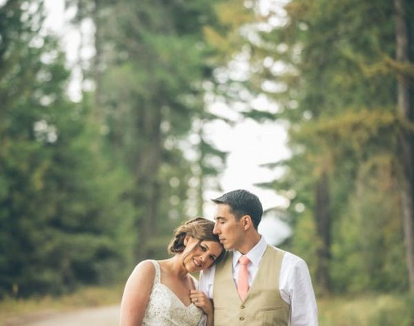 DIY Weddings: A Maker's Lakeside Nuptials