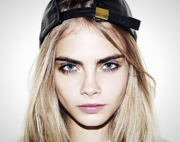 See What 12 Apps Model Cara Delevingne Always Has Downloaded