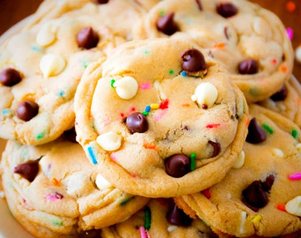 Here's Who's Giving Out Free Cookies for Chocolate Chip Cookie Day!