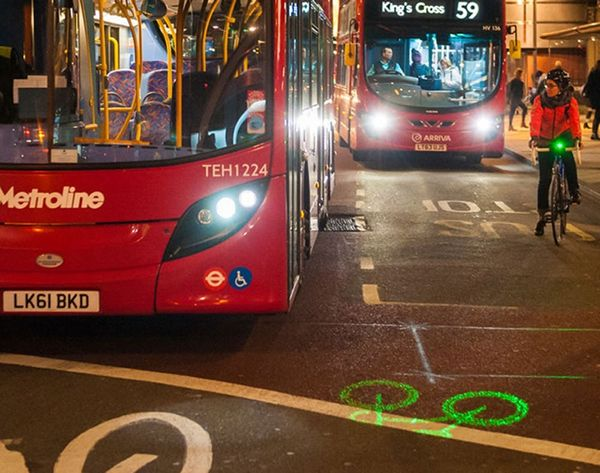 The Coolest Bike Light Ever Projects a Warning Onto Streets