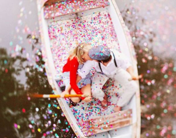 22 Creative Engagement Photo Ideas for Spring