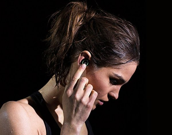 Listen Up! World's First Smart Headphones Want to Be Your Workout Buddy