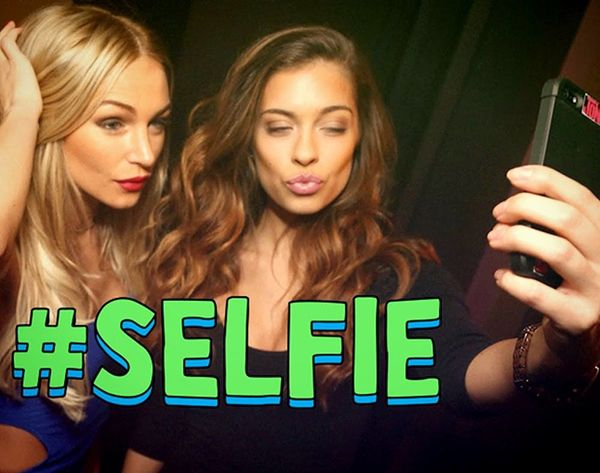 10 Best Apps and Gadgets for Selfie Photo Perfection