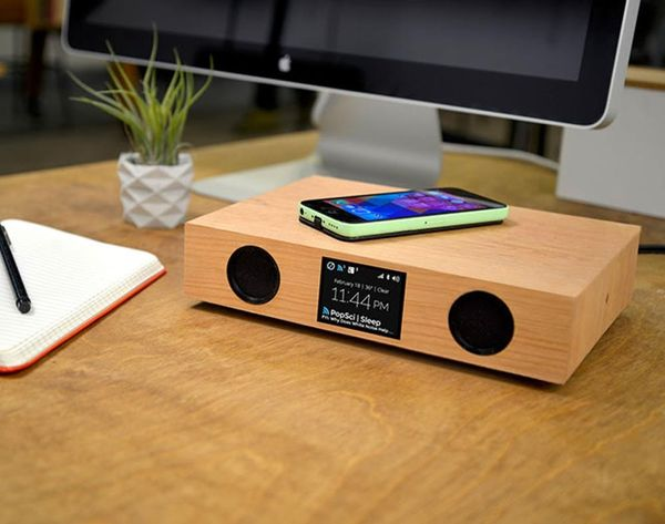 Glowdeck Is a Must-Have Notification Center, Wireless Charger + Speaker in One