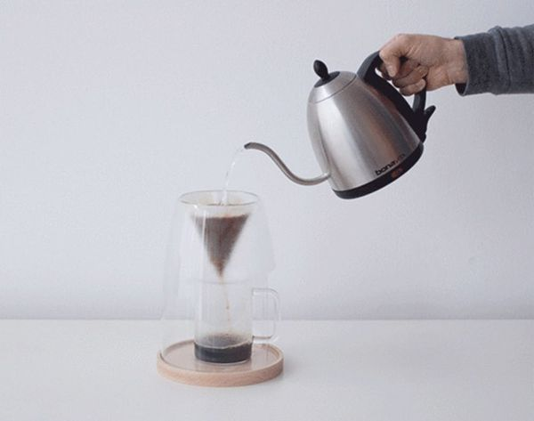 Makers Gonna Make Craft Coffee With This Handsome Device