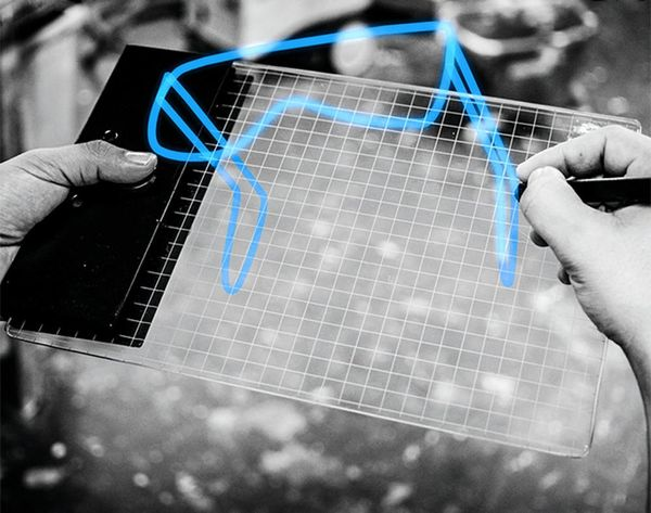 Doodle in Air and in 3D With This Sketchpad From the Future