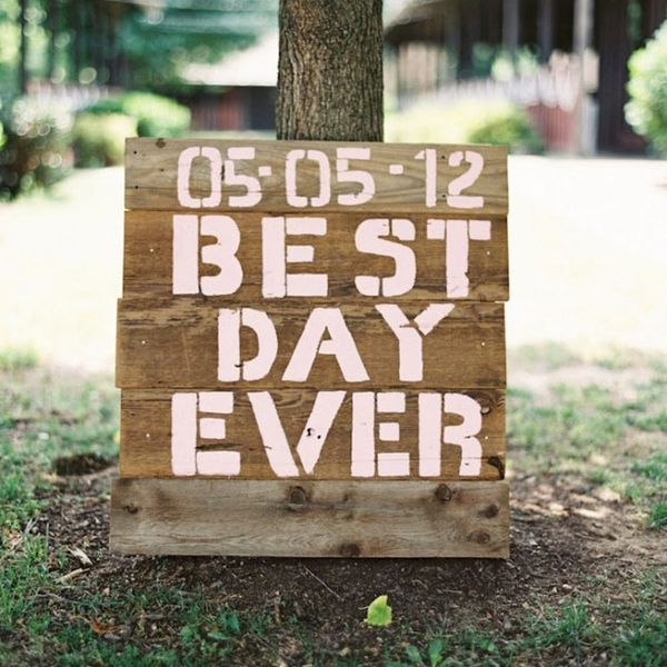 20 DIY Sign Ideas For Your Next Wedding or Event