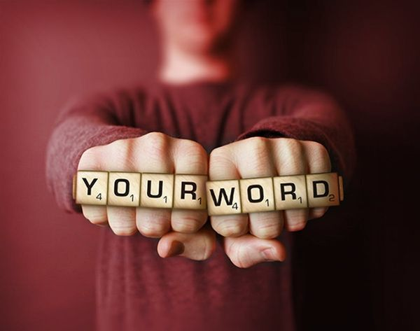 """It's Official: """"Selfie"""" is Now an Approved Scrabble Word Play"""