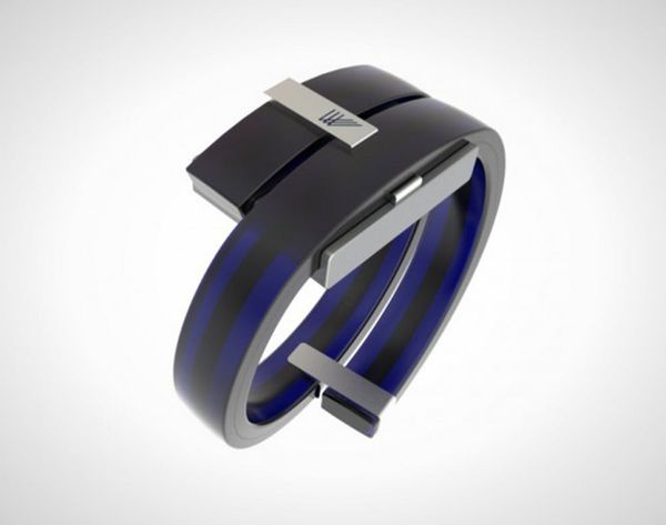 This Futuristic Bracelet Will Heckle a Comedian For You