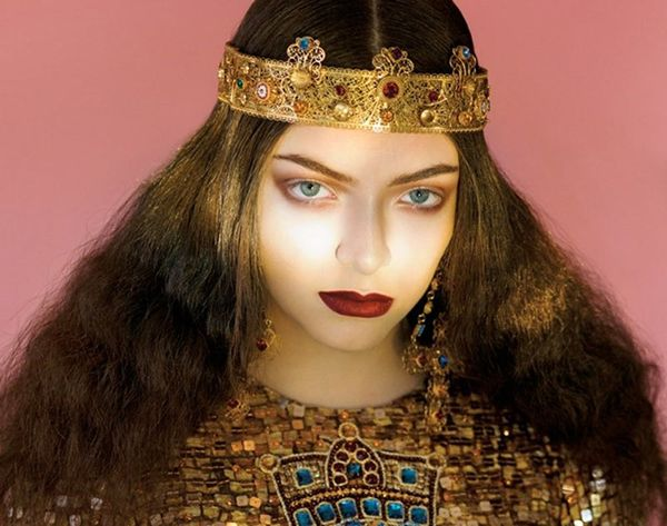 What We Think Lorde's MAC Makeup Line Will Look Like