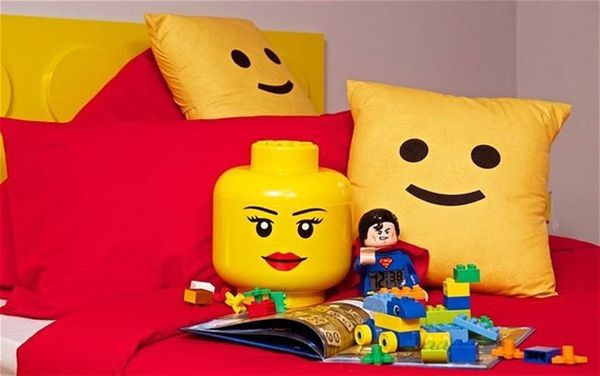 Made Us Look: The LEGO Bedroom of Our Childhood Dreams