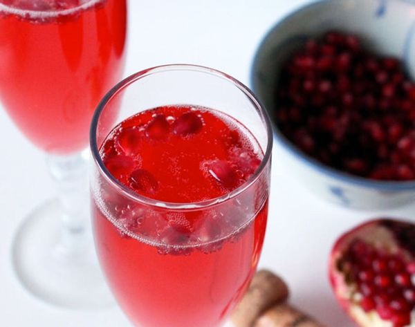Cocktails for Cupid: Try Our Pomegranate White Tea Fizz