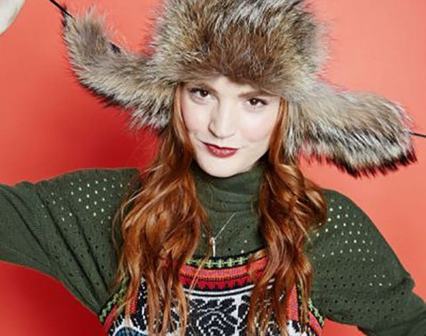 12 Hairdos That Look Hot Under a Winter Hat