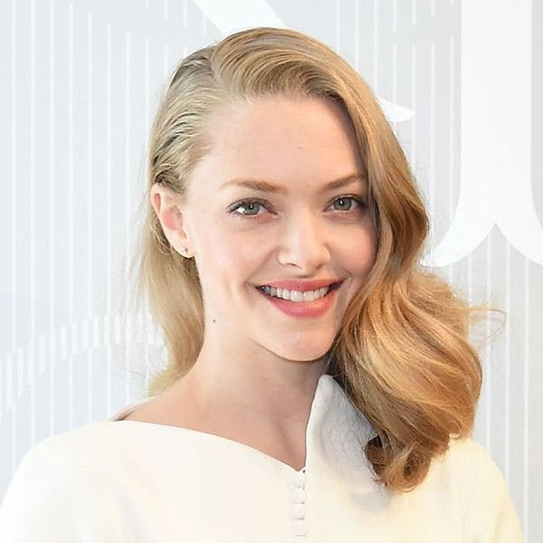 Amanda Seyfried Shows Why You Should Always Travel in This Article of Clothing