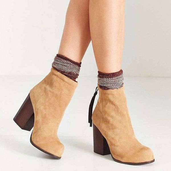 10 Reasons Why You Might Choose Socks Over Tights This Fall