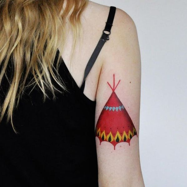 This Tattoo Artist's Bold + Dramatic Designs Are EVERYTHING