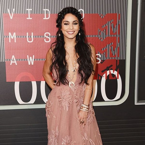 Vanessa Hudgens Served Up Major Bridal Inspo on the VMAs Red Carpet