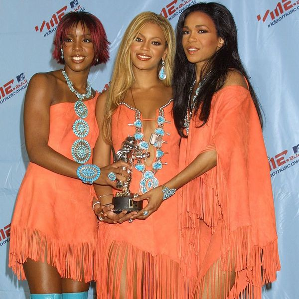 15 of the Craziest VMA Red Carpet Looks We Still Can't Get Over