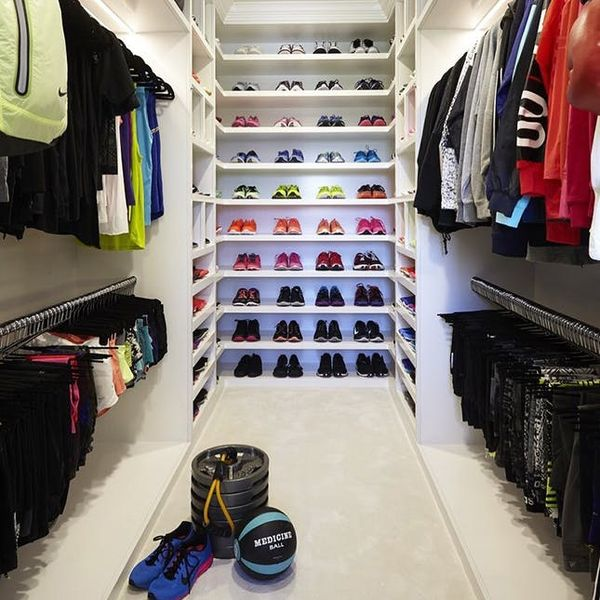 An Expert Shares What You ACTUALLY Need from Khloe Kardashian's Crazy Fitness Closet