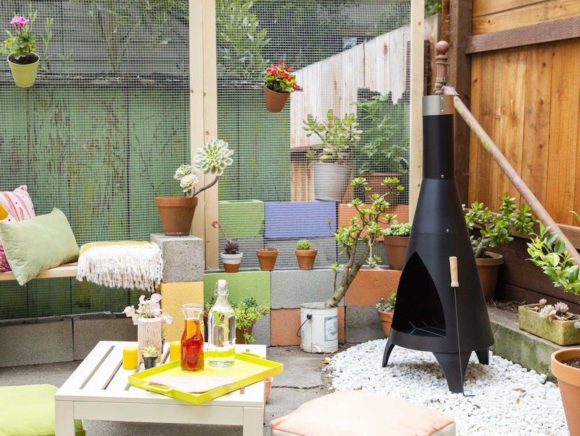 This Tiny Yard Makeover Is Perfect for Outdoor Entertaining