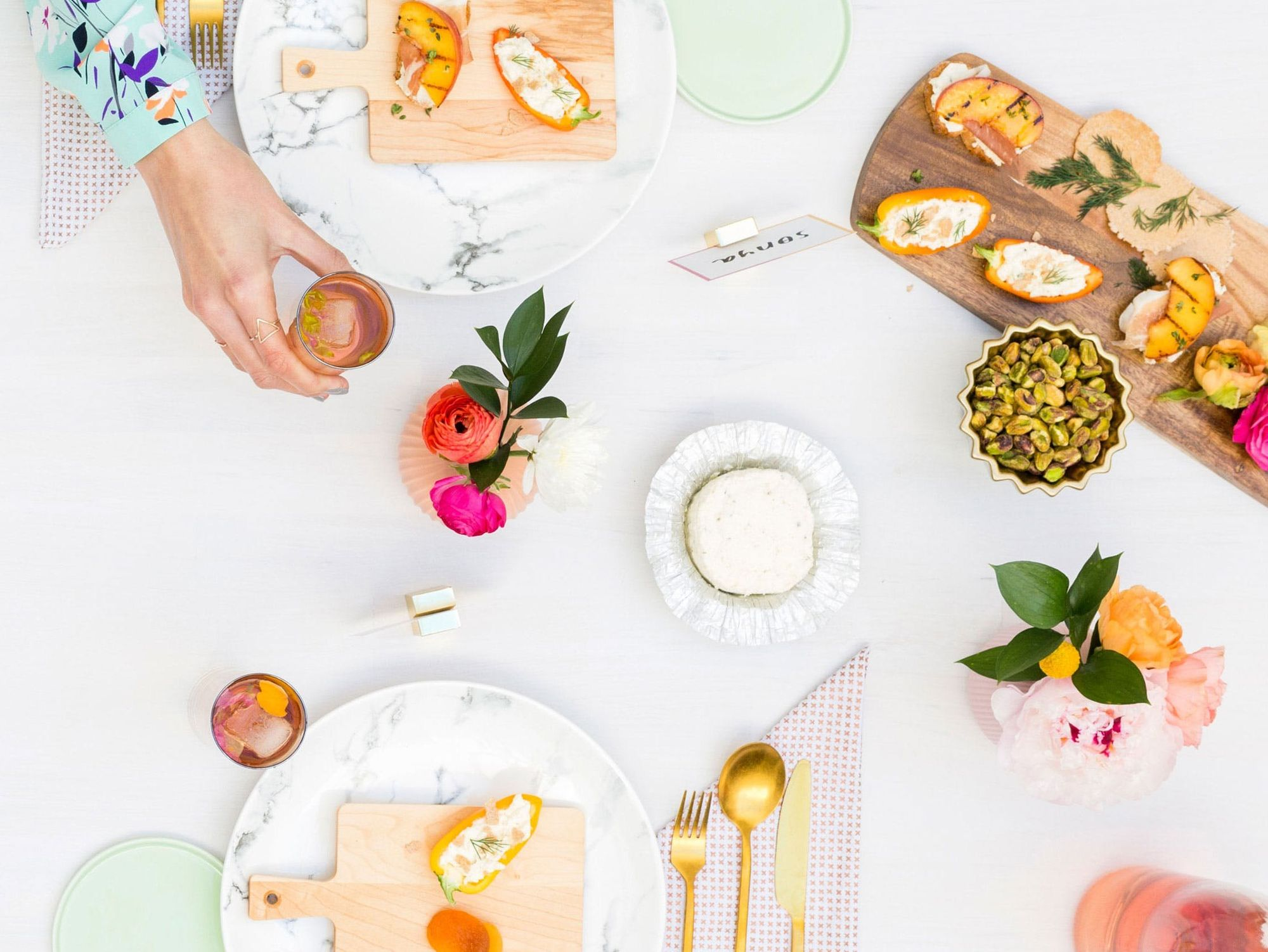 The Busy Gal's Guide To Pin-Worthy Parties