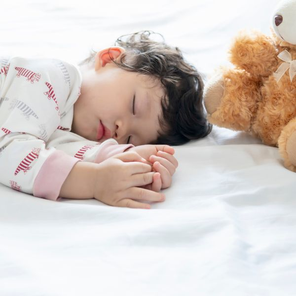 How to Stick to a Solid Sleep Routine While School's Out