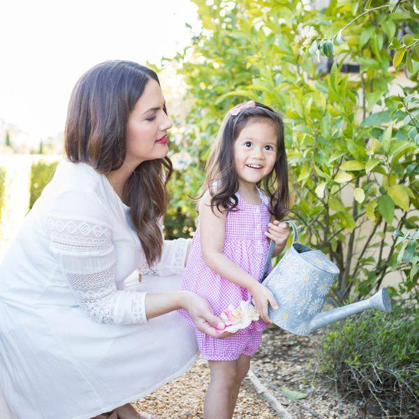 Creative Ways to Garden With Kids, from Balcony to Backyard