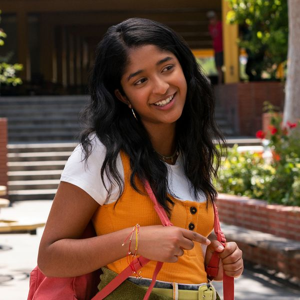 Brit Gets Schooled on Gen Z By 'Never Have I Ever' Star Maitreyi Ramakrishnan